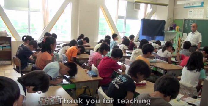 В школьной столовой установили камеры. Посмотрите, что они засняли!