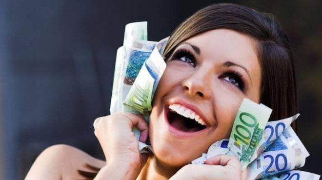 Шепотки на деньги: 5 заговоров, помогающих обрести богатство