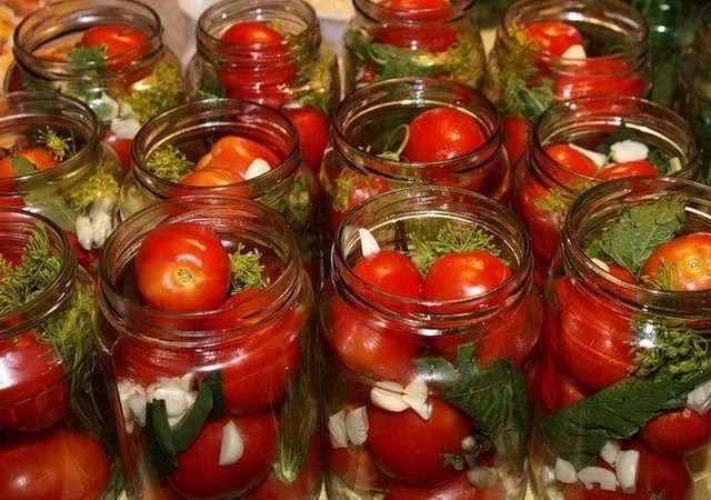 сколько кг помидоров надо на 3-х литровую банку игры