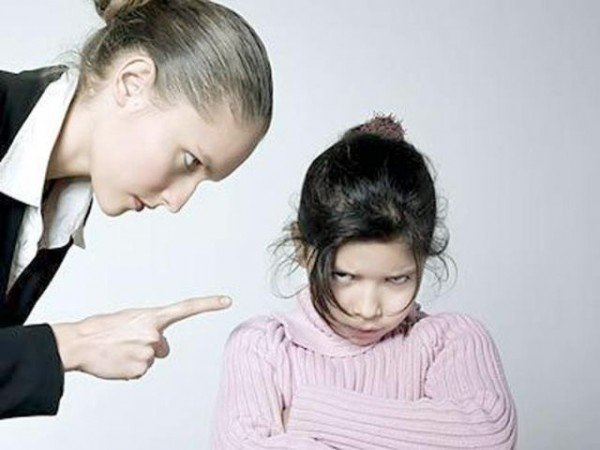 Как мы обижаем своих детей: 7 неочевидных вещей, которые совершают ВСЕ!