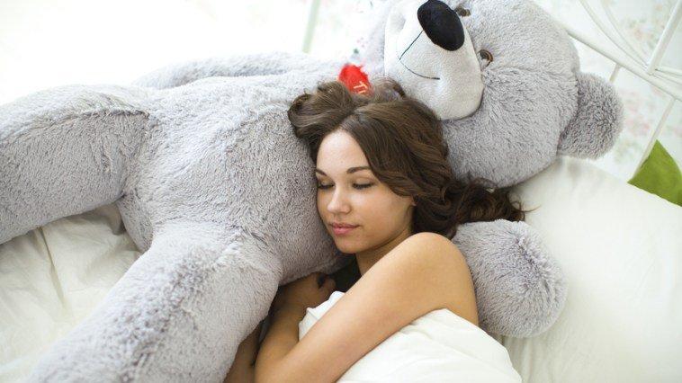 Не стоит мучаться от бессонницы! Мы научим вас засыпать за 1 минуту!