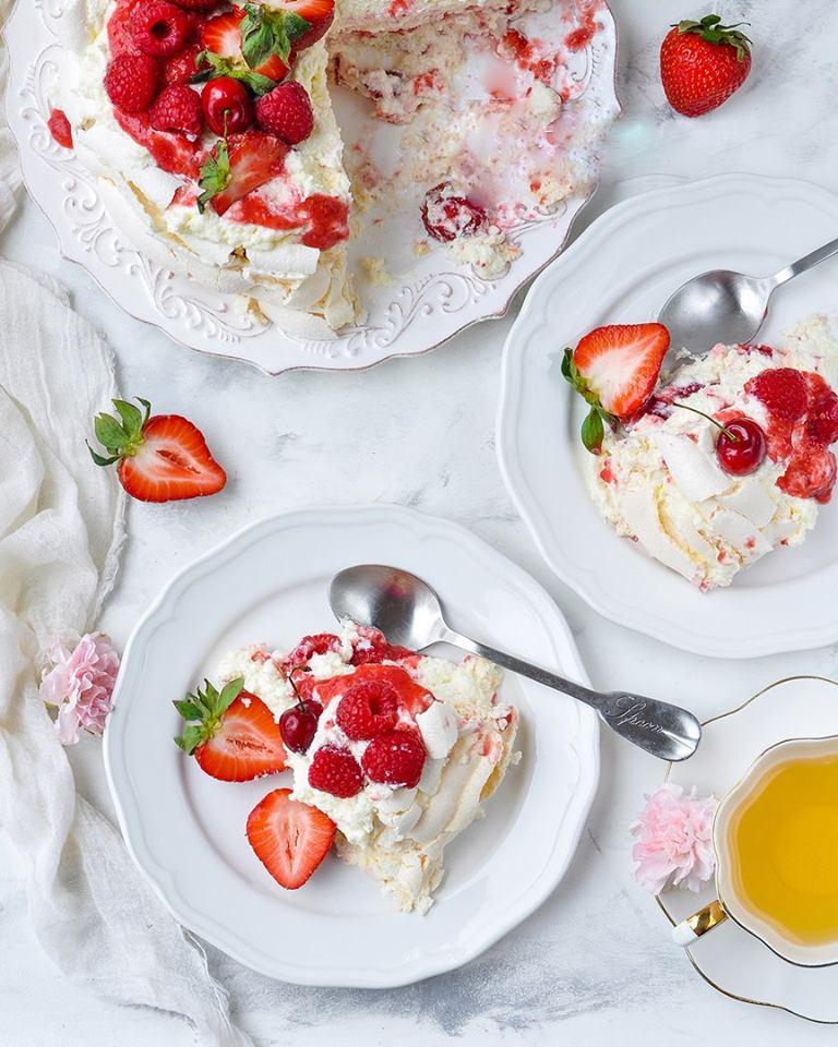 """Торт """"Павлова"""" - я влюбилась в эту нежнейшую вкуснятину с первого кусочка!"""
