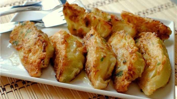 Обязательно попробуйте эту капустную закуску - вы будете удивлены вкусом!