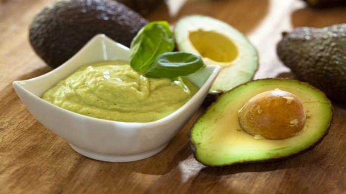 Соус из авокадо. Вот как такое простое блюдо может быть таким вкусным?