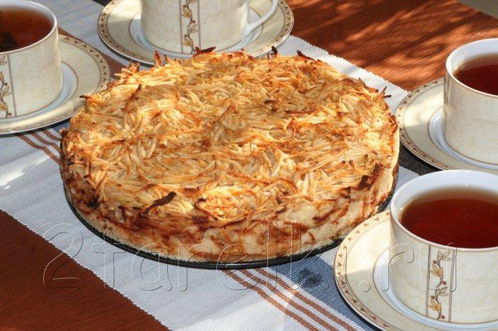 Яблочный пирог «3 стакана» — Сочная начинка и хрустящая сахарная корочка