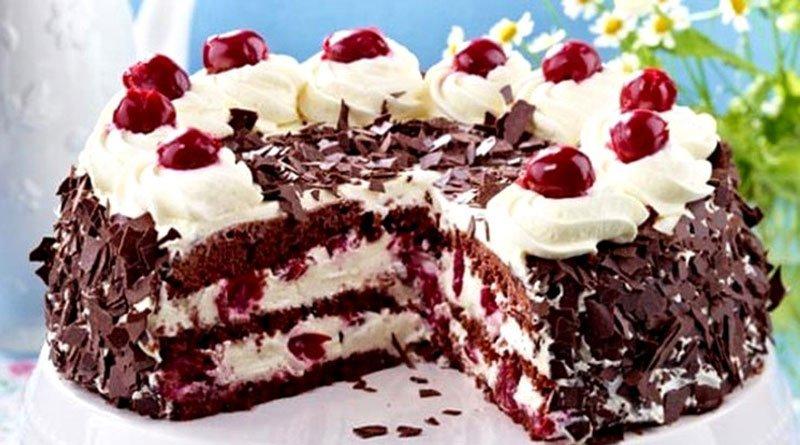 Вкуснейший вишнёвый тортик со взбитыми сливками