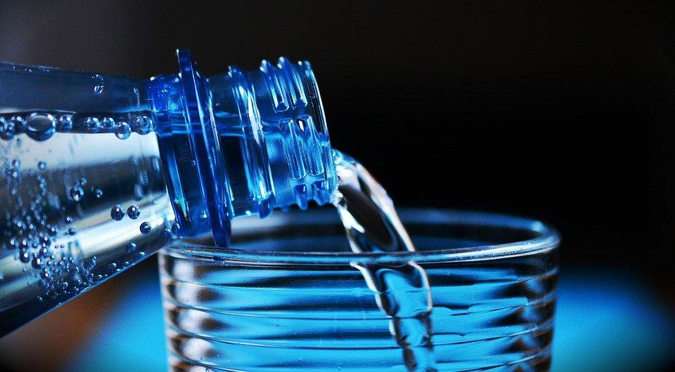 Вот что будет, если 30 дней пить только воду