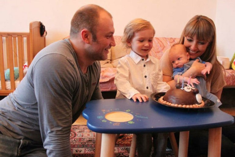 Актер Константин Соловьев считает детей от прошлого брака ошибкой и жалеет, что не настоял на аборте