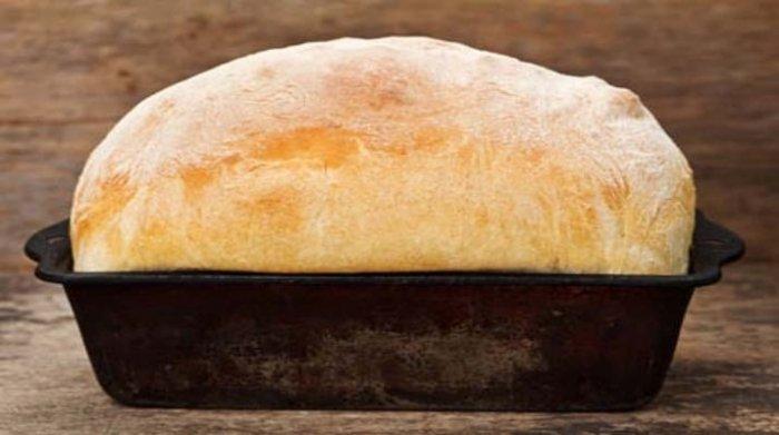 Самый вкусный домашний хлеб. Корочка получается хрустящей, а сам хлеб мягенький и пушистый!
