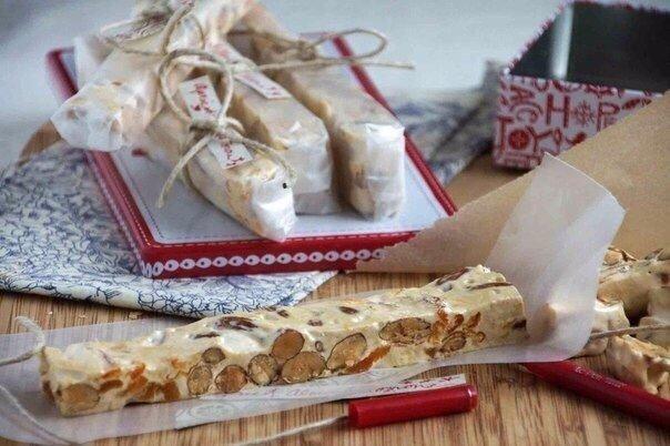 Десерт года! Вкусная и очень полезная мягкая нуга с орехами и курагой