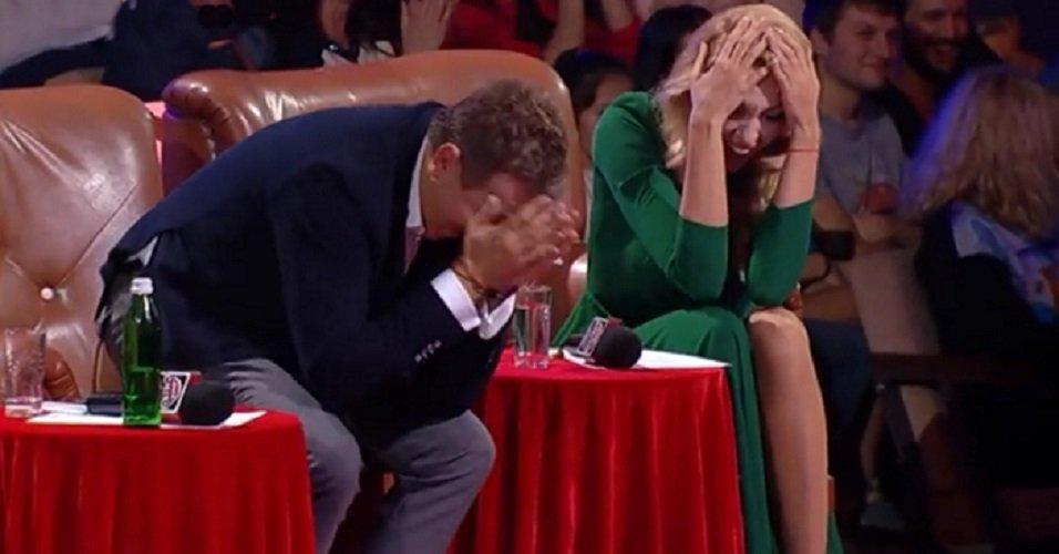 Увидев будущего тестя, жених потерял дар речи. Этот номер довел зал до истерики!