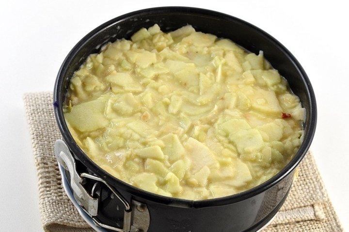 «Невидимый» пирог с яблоками! Нашла этот рецепт в бабушкиной тетрадке