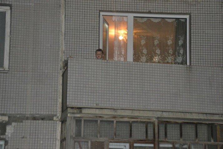 Время за полночь, жена с сыном дрыхнут, я смотрю телек. И тут слышу детский, паникующий голос: «Мама! Папа! Помогите!». Выглядываю в окно...