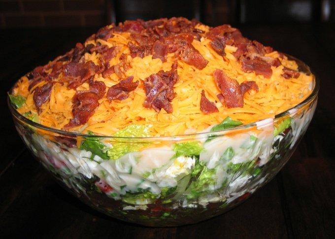 """САЛАТ """"ФРАНЦУЗСКАЯ ЛЮБОВНИЦА"""" Попробовав этот салат у подруги, я пришла в настоящий восторг! Теперь этот салат мое коронное блюдо на всех застольях"""