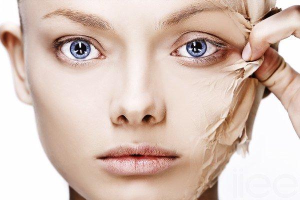 МИНУС 15 ЛЕТ! Удаляем омертвевшие клетки с поверхности кожи, делая лицо фарфоровым и гладким