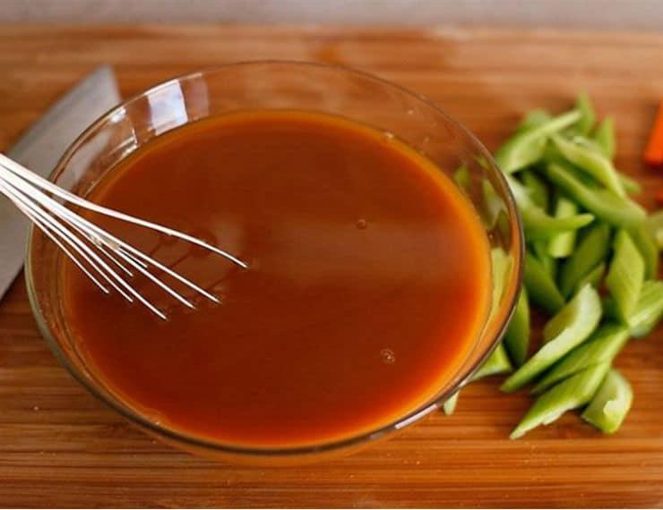 Забудьте про покупные кетчупы и майонезы! Предлагаем ТОП-7 лучших домашних соусов – вкусных и полезных!