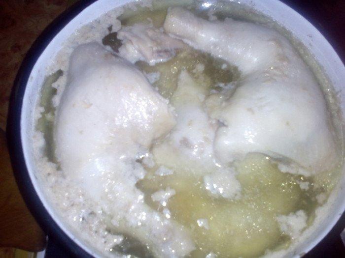 Необычный салат с баклажанами и курицей на зиму