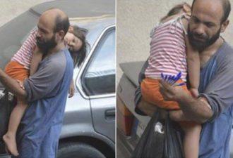 Всего одно фото со спящей дочкой, опубликованное в фейсбуке, навсегда изменило его жизнь!