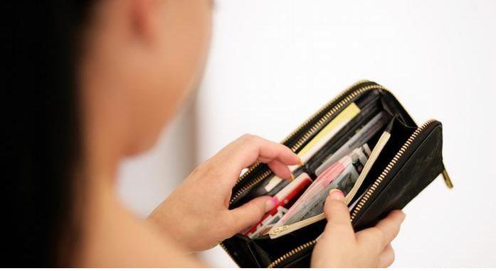Распространенные приемы карманных воров, о которых нужно знать всем!