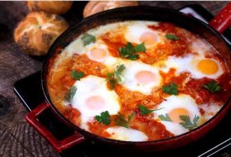 Знаете, что такое Шакшýка? Попробуйте этот рецепт – и она станет вашим любимым завтраком!