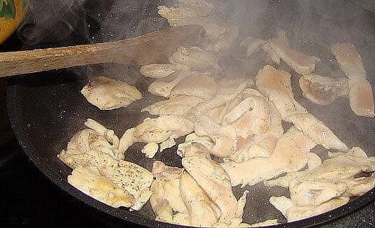 Семейное блюдо не имеющее соперников - курица, картофель, сыр... Идеально!