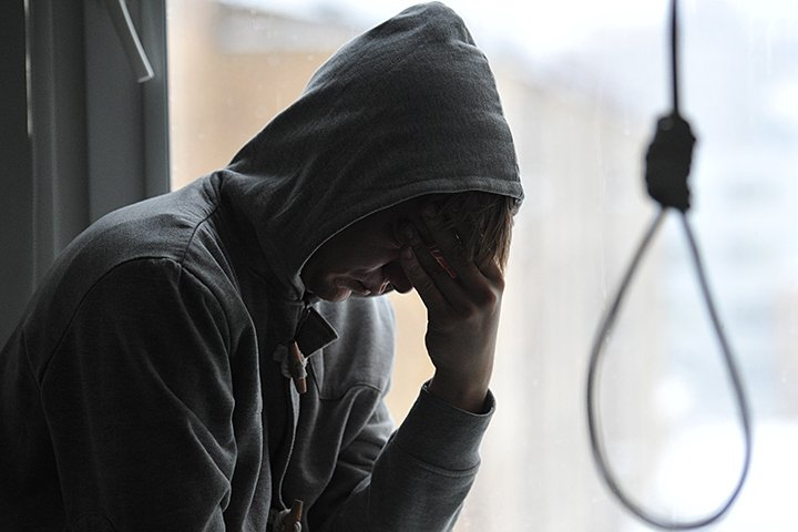Новые «Группы Смерти» в интернете: «Синие Киты» провоцируют детей на самоубийства