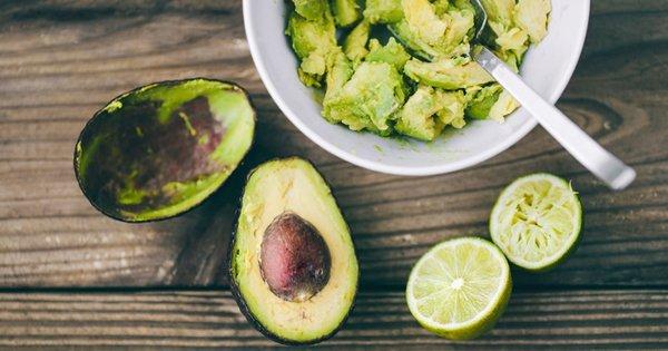 20 важных причин, почему вы должны обязательно есть авокадо каждый день