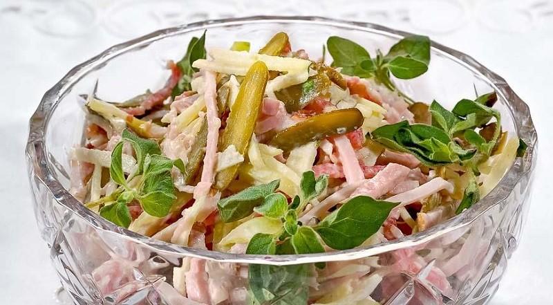 6 интересных и лёгких салатов на праздничный стол