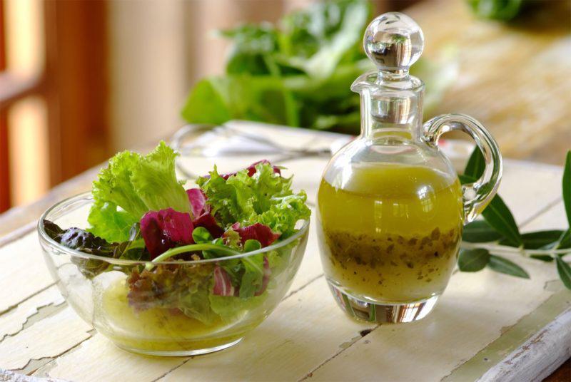 Греческий соус к салатам и мясу. Невероятный вкус вашим блюдам обеспечен!
