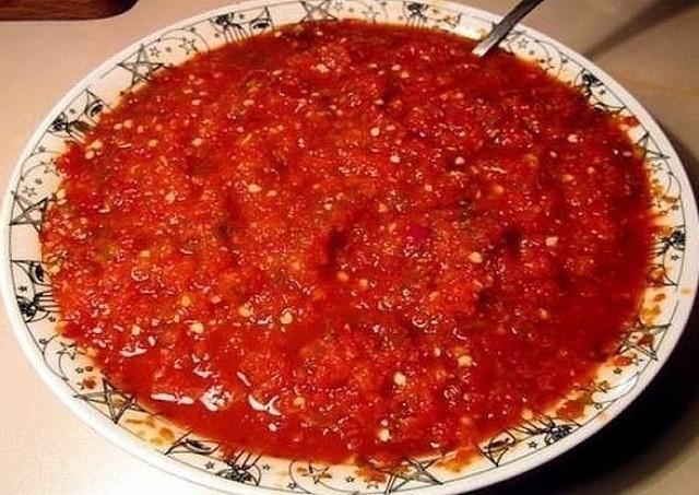 Любимый рецепт аджики «Ням-ням». Идеальный соус для 1000 блюд!