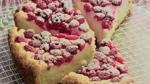 Быстрый творожный пирог с малиной. Приготовим пока закипает чайник…