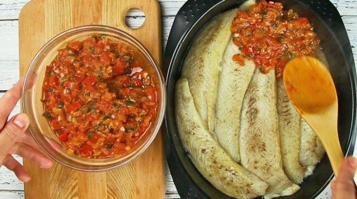 Рыба в томатном соусе. Вкуснейший рецепт для любителей рыбки!
