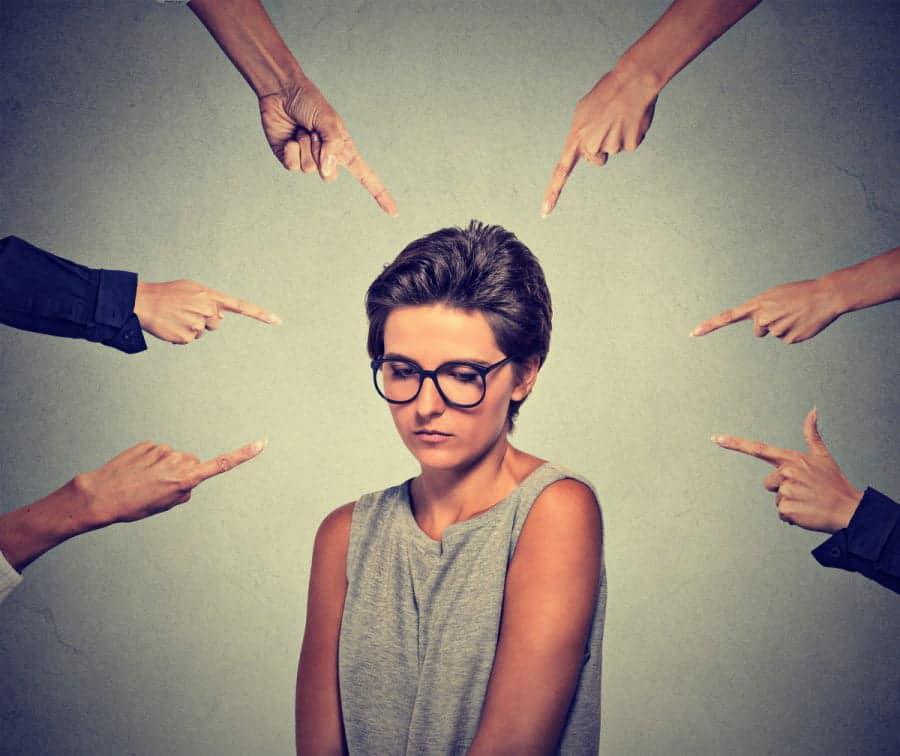 Как манера речи выдаёт неуверенность человека? Запоминайте...