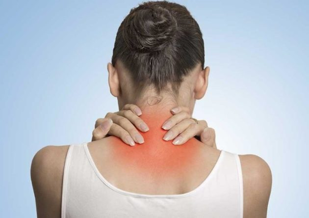 Если болит шея, затекает спина, и ноют колени, то советую вам 7 простых упражнений!