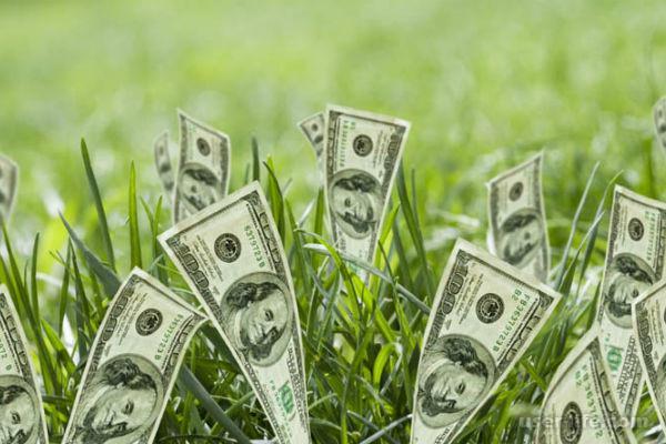 Как обычная булавка издавна привлекает удачу, деньги и любовь
