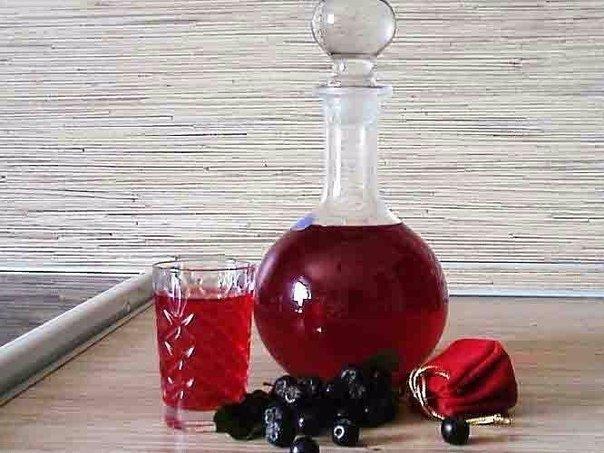 Дедовский рецепт наливки 4 на 4. Готовлю из любой ягоды и всегда очень вкусно!