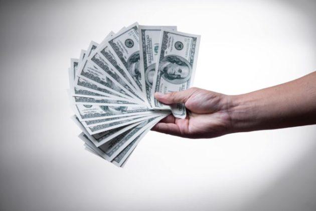 Приманиваю денежку в карманы по интересной методике. Поделюсь со всеми!