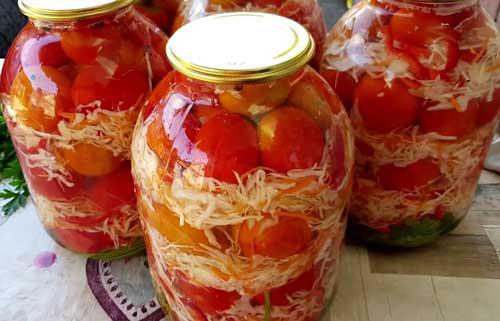 Рекомендую обалденную закуску на зиму — помидоры с капустой. Каждый год на моём столе!