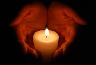 Мощная техника исполнения желаний с помощью свечи! Вот что нужно сделать…