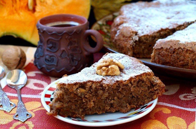 Тыквенный пирог с грецкими орехами