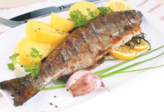 5 самых популярных рецептов запеченной рыбы