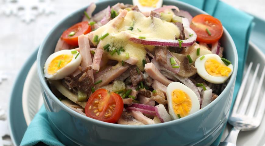Этот мясной салат - мой любимый. А вы уже пробовали?