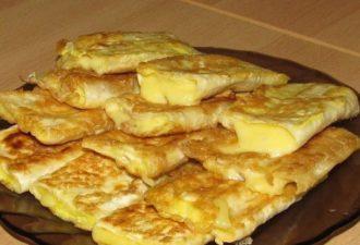 Отличный сырный завтрак на скорую руку