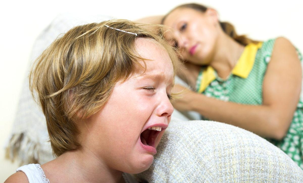 Остановить детскую истерику можно очень просто. Задайте ему один вопрос