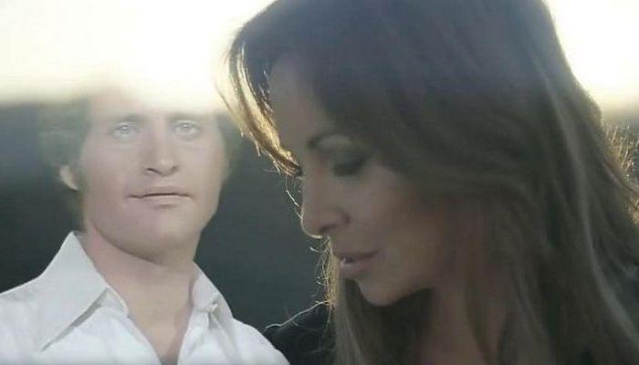 Очень красивая песня в исполнении виртуального дуэта Джо Дассена и Элен Сегара
