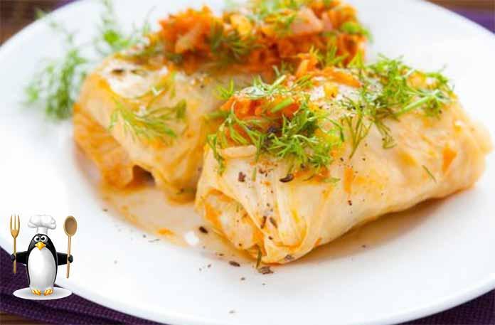 Голубцы из савойской капусты получаются очень аппетитными и красивыми.