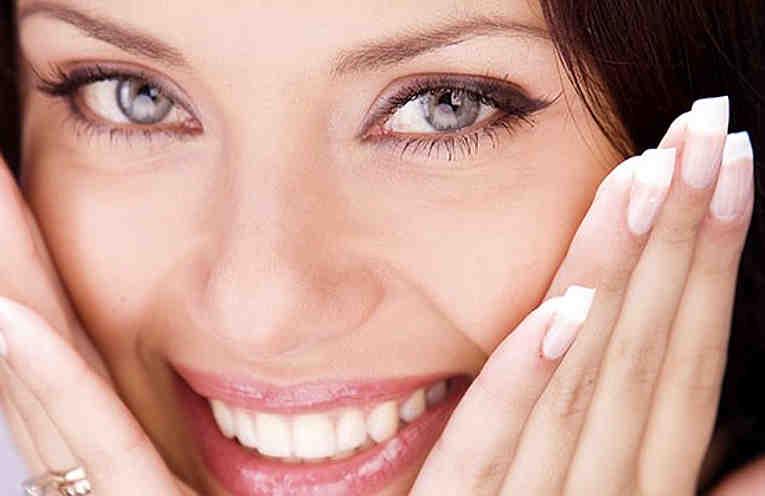 Маски для упругости кожи лица — специальные рецепты для возрастов 30+, 40+, 50+